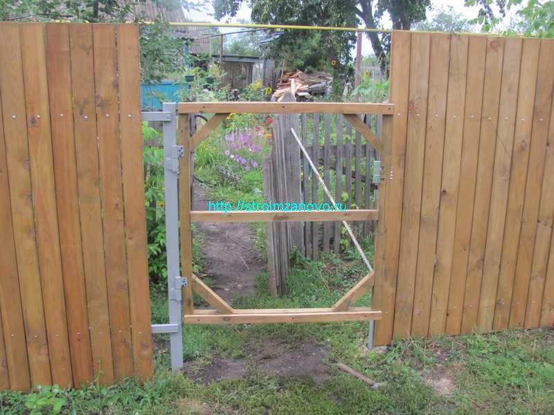 Как сделать ворота из дерева своими руками на даче 37