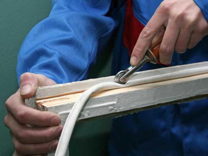Замена резинового уплотнителя своими руками