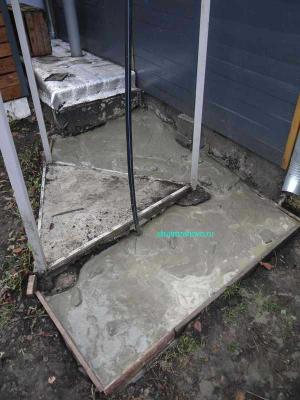 zalivka_zidkim_betonom