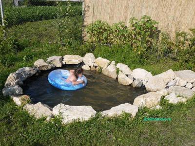 kupanie_v_prudu